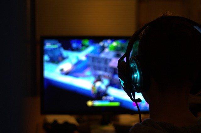 wybór sprzętu gamingowego