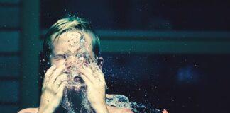 szczoteczki do mycia twarzy czym kierować się przy wyborze